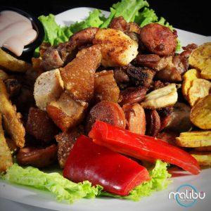 comida-aniversario-paquetes celebración malibu